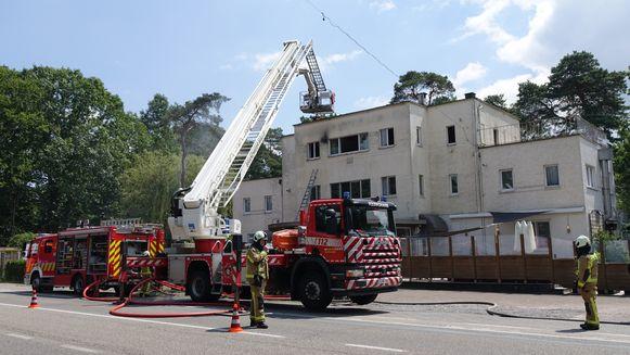 De brandweer moest een kat redden uit het vuur.