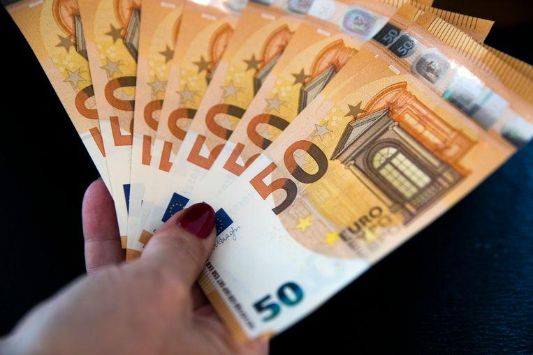 Jongeren wordt onvoldoende geleerd hoe met geld om te gaan, betogen Jos Heijhuurs en Job Tupan. Beeld ANP
