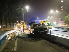 Automobilist vliegt uit de bocht op de Europaweg
