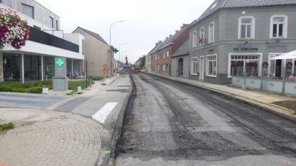 Snelheidscontroles op verkeer dat langs Landegemstraat en Ouwegemstraat omrijdt voor werkzaamheden