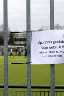 Corona houdt FC Zutphen en Teuge toch van veld; Wesepe, Witkampers, ABS en Diepenveen spelen niet; ook volleybalclubs aan zijlijn