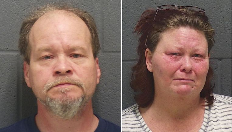 De 52-jarige Keylin Johnson (L) en de 44-jarige Sheila Johnson (R).