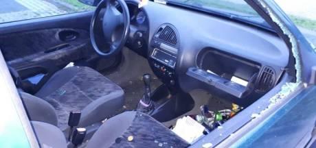Reeks incidenten in Hardenberg: auto's vernield en fietsen uit schuurtjes gestolen