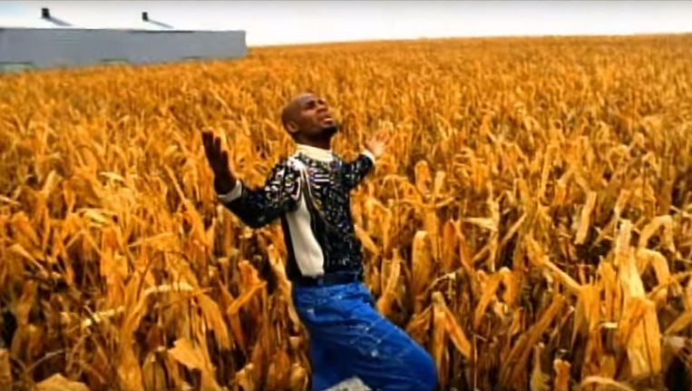 R. Kelly: I Believe I Can Fly (1996). Beeld