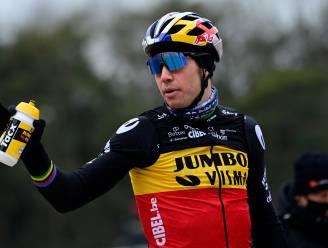 """Van Aert voor het eerst aan de start in Belgische driekleur: """"Ga er dubbel zo hard van genieten"""""""