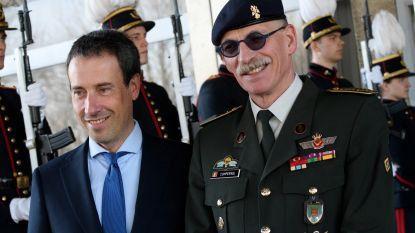 Nieuwe defensieminister Philippe Goffin (MR) maakt kennis met legerstaf