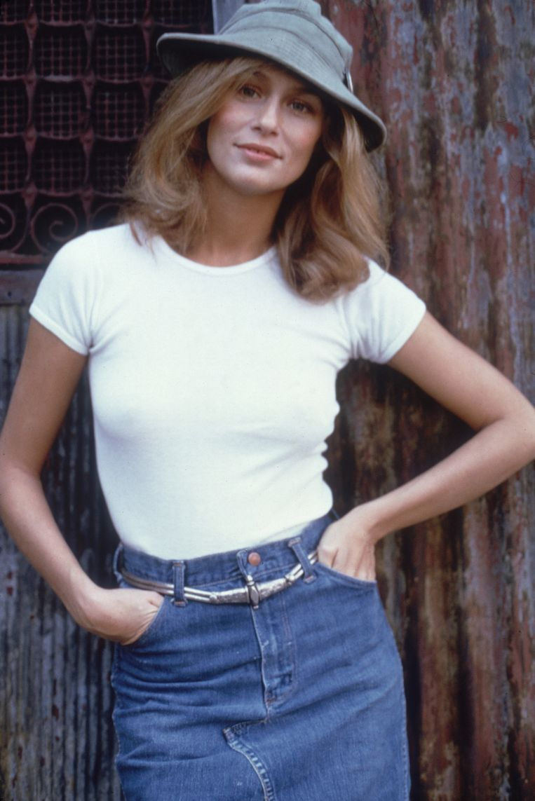 Lauren Hutton, circa 1974, perfect nonchalant en superstijlvol tegelijk. Beeld Getty Images