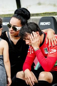 Leiwakabessy neemt afscheid in tranen