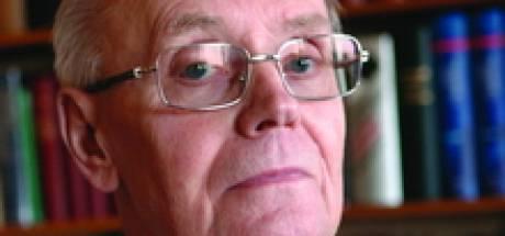 Tilbörgse taolkundige Wil Sterenborg verdient  postume legpenning