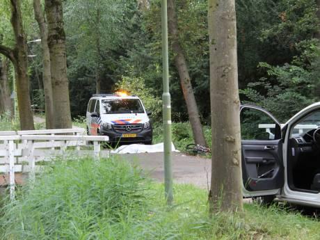 Dode man uit sloot gehaald in Dordrecht
