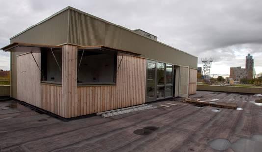 Bovenop het dak zitten nog twee kiosken, plus twee trappen die er naartoe leiden. Ook het dakterras wordt een plek om te relaxen.