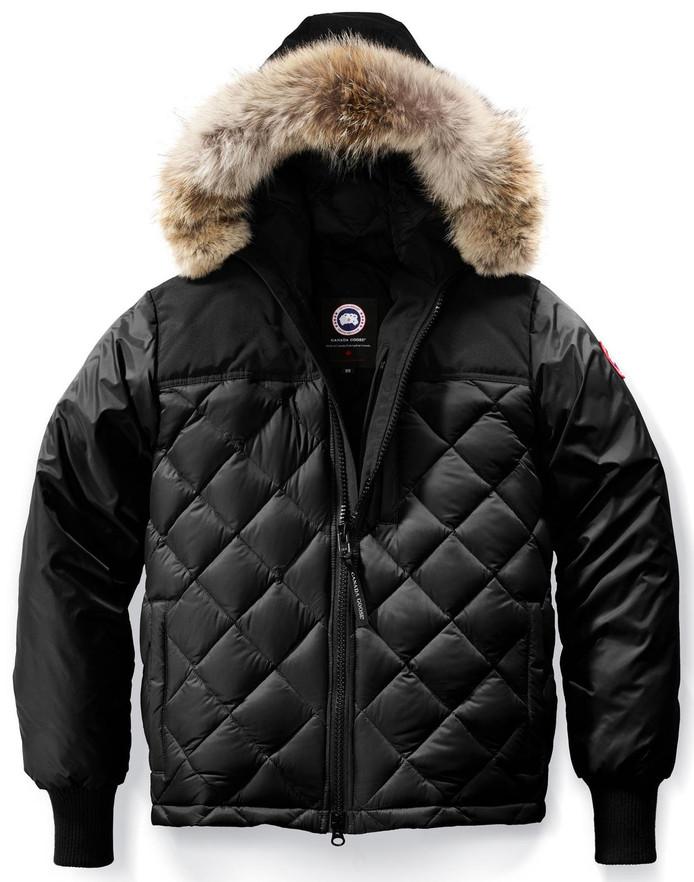 Canada Goose-jas, die in groten getale wordt nagemaakt.