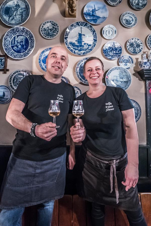 Heleen en Bart in bierhuis De Klomp