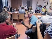 Referendum over dorpshuis Overlangel: in de kerk of toch weer in de Petjesbar?