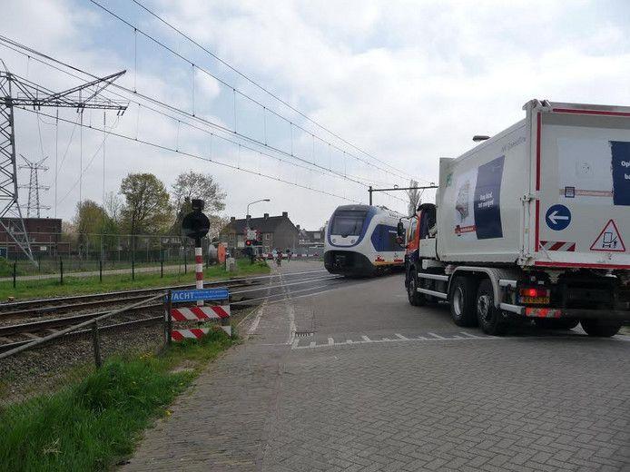 De spoorwegovergang bij Orthen levert regelmatig valpartijen op