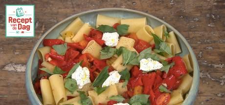 Recept van de dag: Paccheri met geroosterde tomaten-paprikasaus en mascarpone