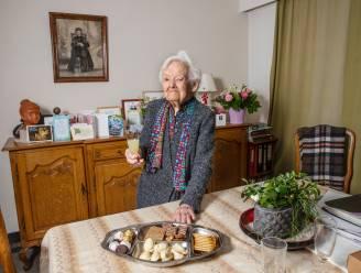 """Noëlla is 105 en woont nog alleen: """"Eén maand in rusthuis gezeten. Dat was niets voor mij"""""""