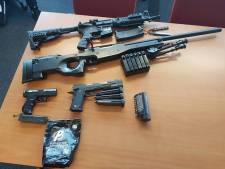 Meerdere balletjespistolen gevonden in woning Loon op Zand