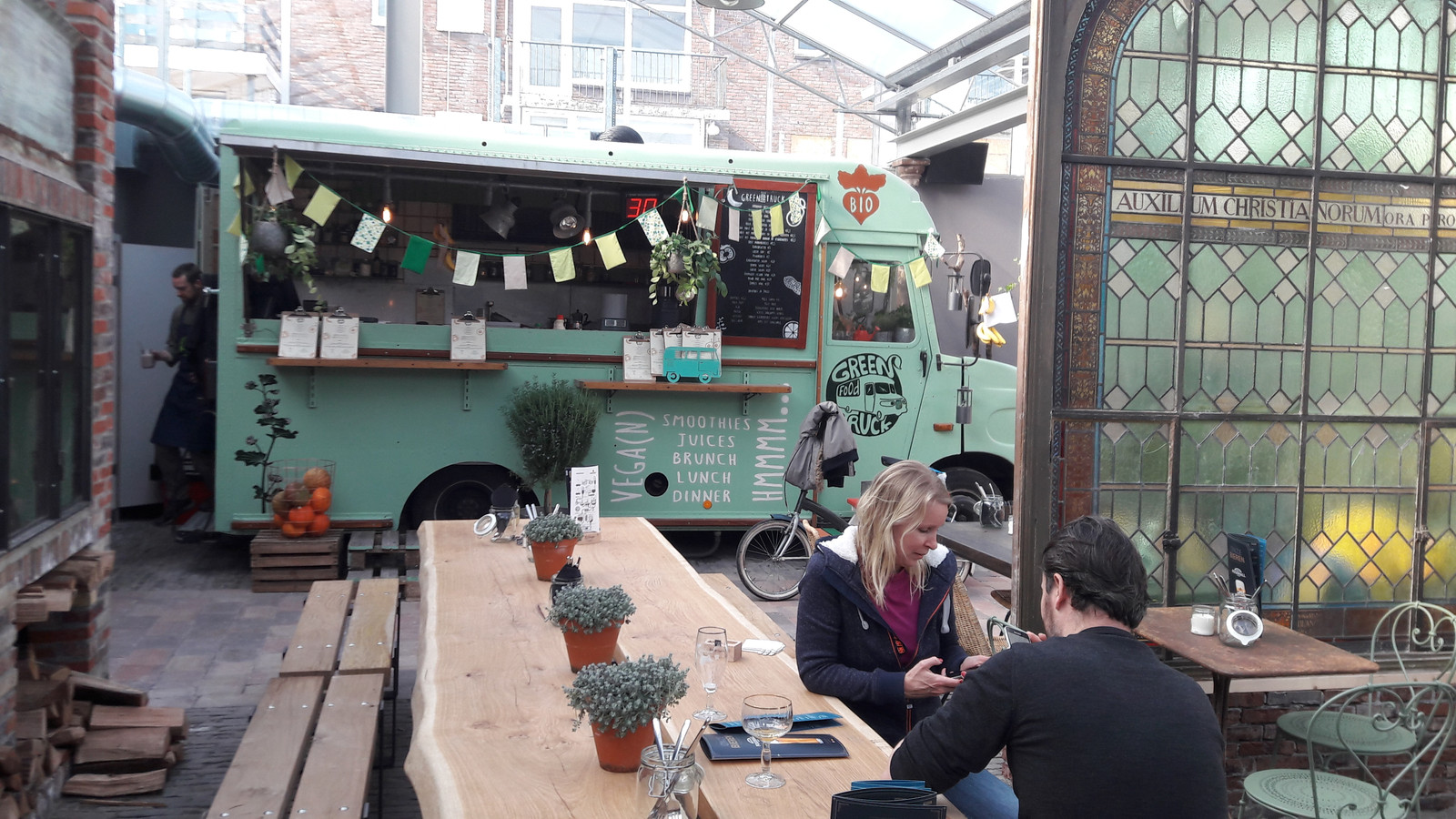 De enige foodtruck in de Foodhall Arnhem.