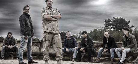 Defensieminister bezoekt  theatervoorstelling Steenwijker Afghanistan-veteraan