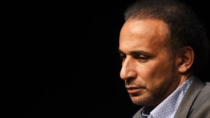 Islamoloog Tariq Ramadan komt na negen maanden vrij op borgtocht