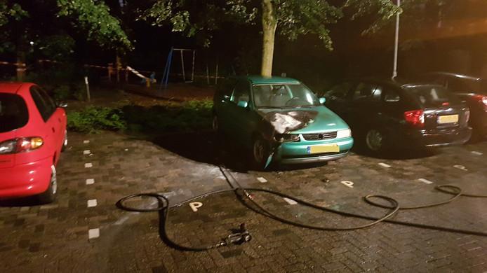 Auto in brand op de Van de Capellestraat in Ede.
