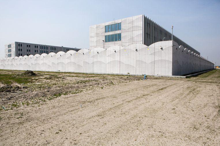 Detentiecentrum naast Schiphol. Beeld Julius Schrank / Kollektiv25