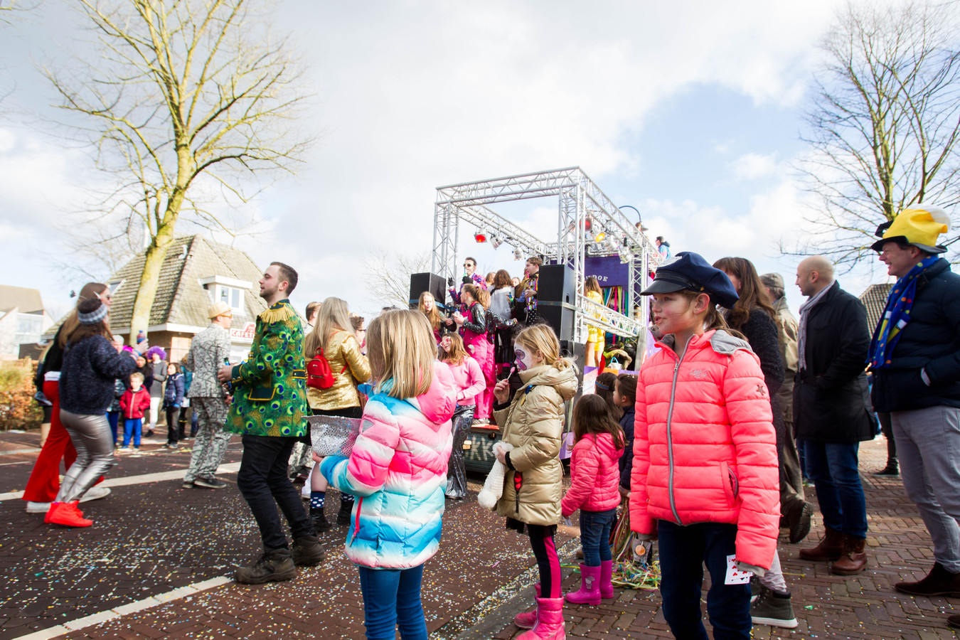 Voor Elk Wat Wils Bij Carnavalsoptocht Stiphout Foto Ednl