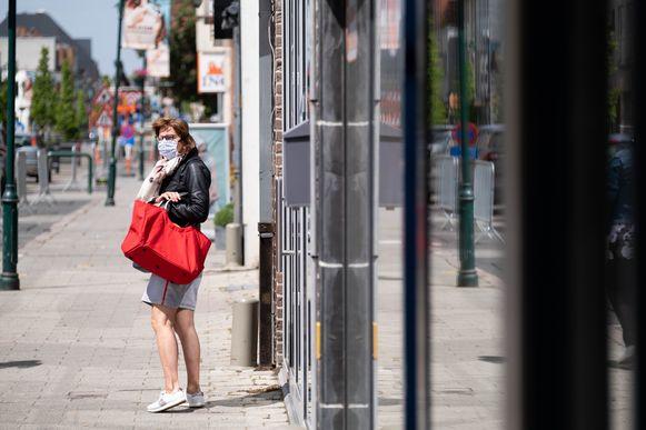 HEIST-OP-DEN-BERG In de Bergstraat en op de wekelijkse markt blijven mondmaskers wél verplicht.