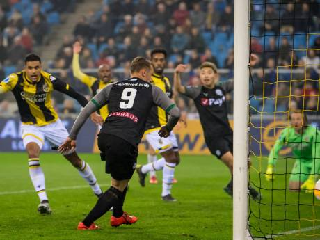 Vitesse na galavoorstelling tegen FC Groningen naar finale play-offs
