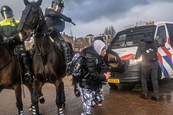 De demonstratie liep vorige week uit de hand toen de politie er een einde aan maakte. 143 mensen werden aangehouden.