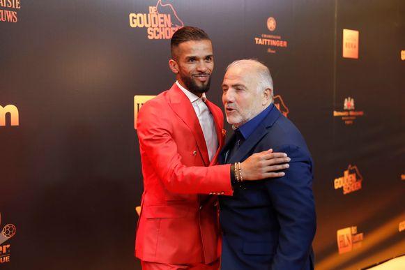 Mehdi Carcela met assistent-trainer Mario Notaro.