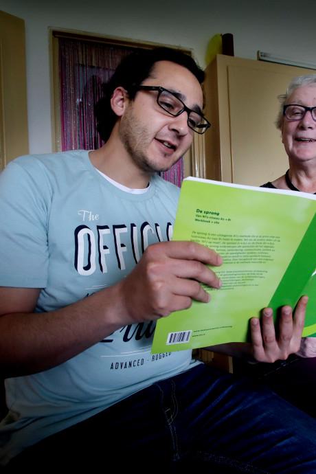 PVV: 180 noodhuizen voor statushouders