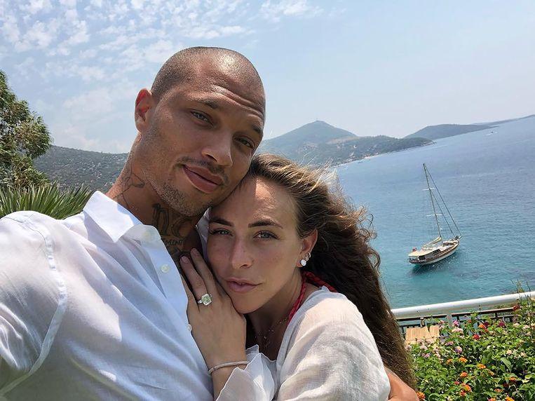 Een verliefde foto van Jeremy en Chloe