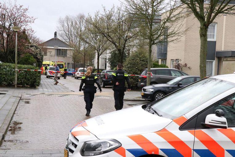 Onderzoek na de schietpartij bij De Grote Wielen in Amstelveen in 2019 waarbij Ahmet G. en zijn dochter van toen 17 gewond raakten, maar overleefden doordat het wapen van de schutter haperde. Beeld ANP