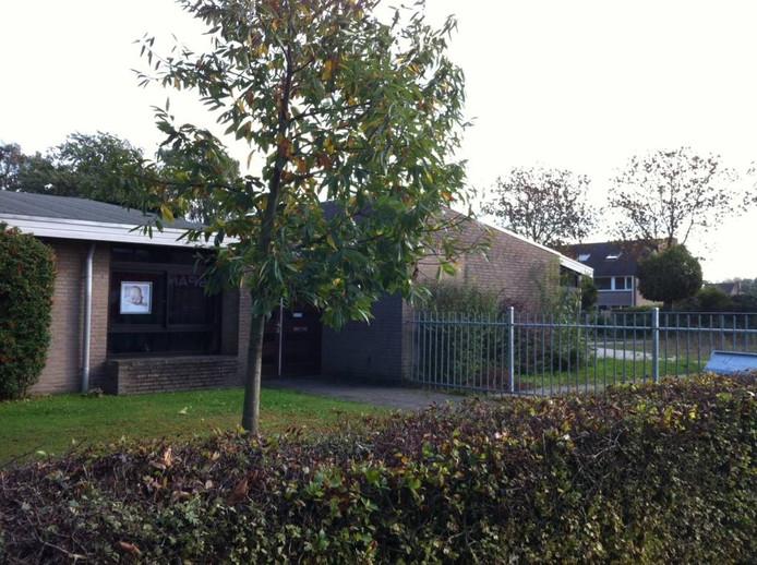 De voormalige kleuterschool en de gymzaal van De Vossenberg.
