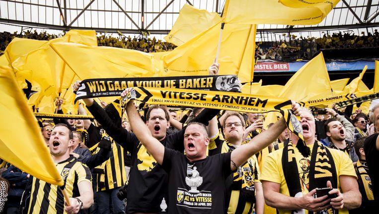 Vitesse-fans in de Kuip bij de bekerfinale tegen AZ. Beeld anp