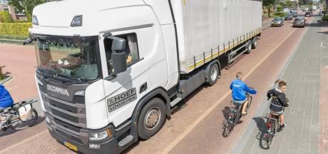 Veilig op de fiets door Staphorst, maar er is geen geld voor de aanleg van fietspaden