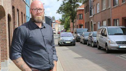 Bart Thomas pleit voor parking aan necropolis