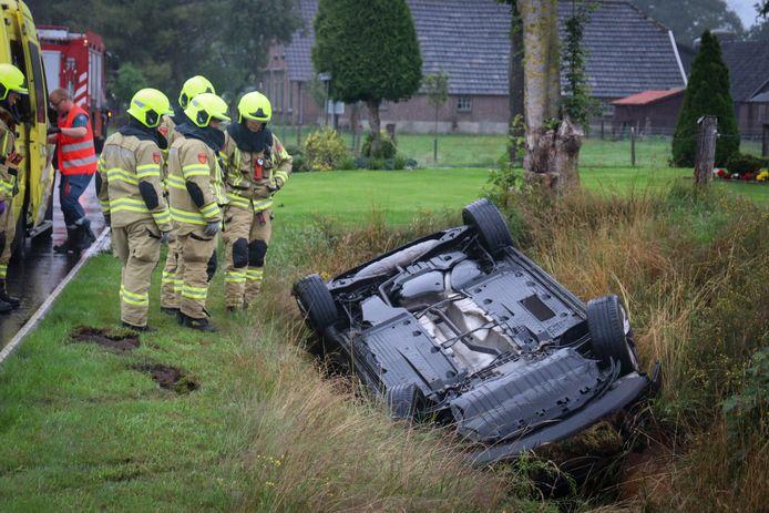 De bestuurder wist het voertuig zelf te verlaten.