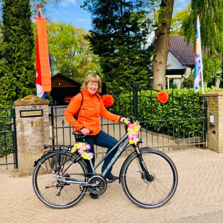 Voorzitter Trudy Schippers van de Oranjevereniging. Beeld Margriet Oostveen