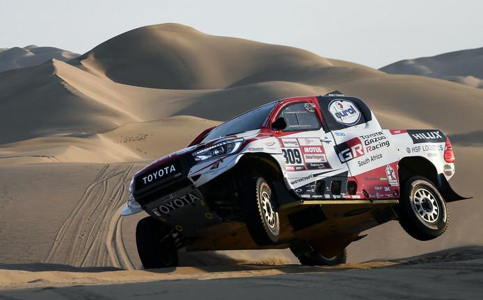 Bernhard Ten Brinke tijdens de tweede etappe van de Dakar Rally van Pisco naar San Juan de Marcona in Peru.
