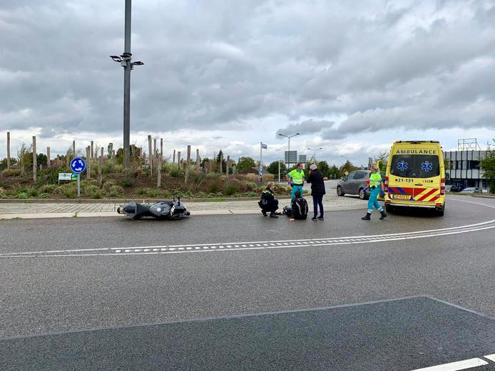 De motorrijder na het ongeluk.