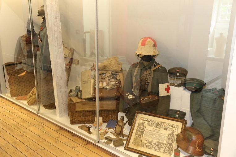 Tot 21 april 2019 worden onder meer uniformen tentoongesteld in het bezoekerscentrum Kemmel.