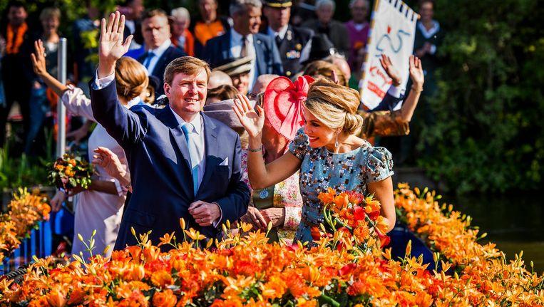 Koning Willem-Alexander en koningin Máxima tijdens hun eerste koningsdag in 2014. Beeld anp