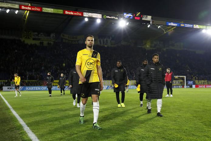NAC droop na het gelijke spel tegen Emmen teleurgesteld af.