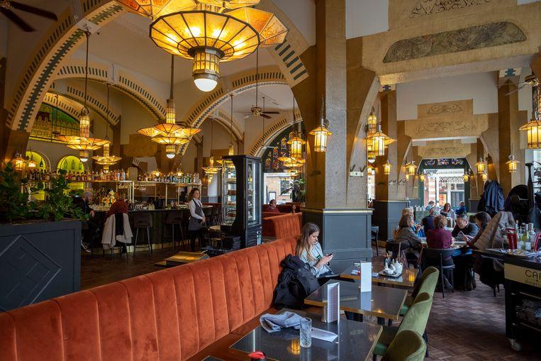 Het interieur van Café Americain in het American Hotel. Dat blijft hetzelfde.  Beeld Hollandse Hoogte, Herman Wouters