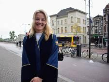 Charlotte is trouwambtenaar: 'Trouwen an sich heeft niet zoveel met liefde te maken, vind ik'