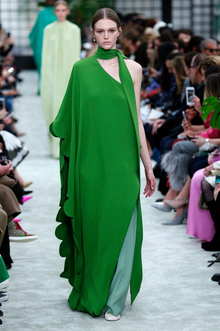 'Ik heb thuis enkele jurken van Valentino hangen, maar die pas ik al lang niet meer.' Beeld Getty