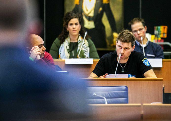 Mark van den Oever (Farmers Defence Force) spreekt tijdens de inspraakronde voorafgaand aan een statendebat over de landbouw. ANP REMKO DE WAAL